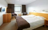 hotel cabin image
