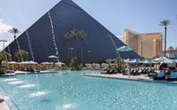 luxor hotel & casino image